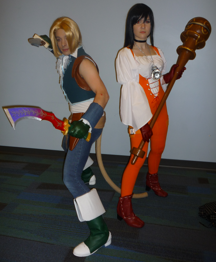 Zidane and Garnet from final Fantasy IX cosplayers at Ohayocon 2010