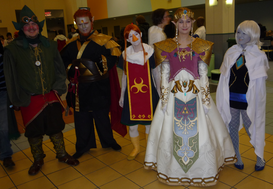 A group of Legend of Zelda cosplayers posing for a picture in the food court of Ohayocon 2010